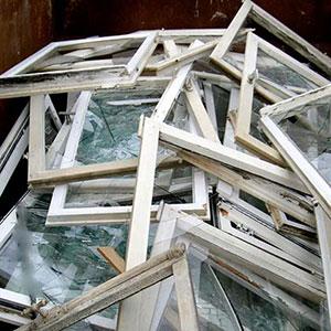 Altholz - Was darf nicht hinein: Kunststofffenster