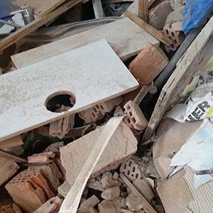 Bauschutt - Was darf nicht hinein: Mauerbruch