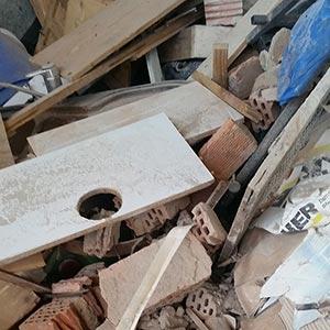 Baustellenabfälle [gemischt] - Was darf hinein: Mauerbruch